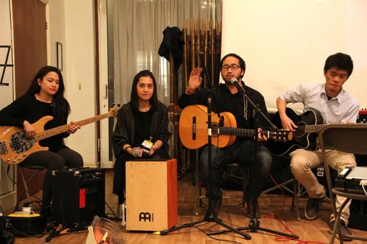 Band Akustik