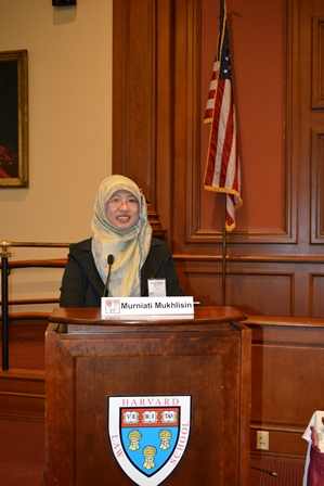 Murniati Mukhlisin-Harvard 25 April 2014